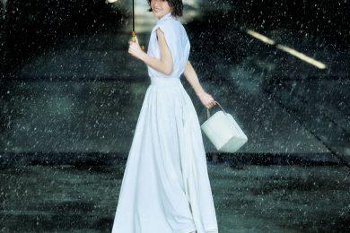 """撥水スカートなら、雨の日だって""""白""""が楽しめます[7/2 Fri.]"""