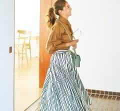 Sサイズさんの柄スカートは大柄を選んでドラマチック見え![10/8 Fri.]
