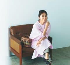 すっきりしたシャツワンピはピンク色を選んで凛とした女性らしさを[10/7 Thu.]