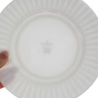 白い食器の揃え方