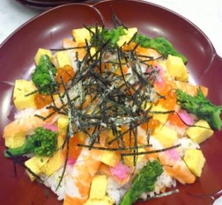 雛祭りはちらし寿司で御祝い!!