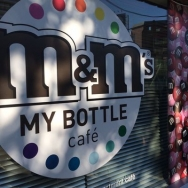 日本初上陸のカラフルパフェとマイボトル体験をm&m's mybottle cafeで楽しもう☆