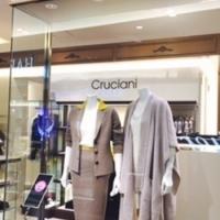 上質ニットのCruciani、阪急うめだ店5階にオープン